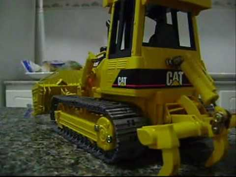 RC Bruder Bulldozer CAT D5