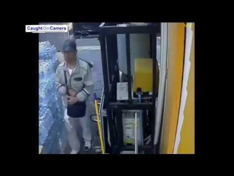 Thailand Grenade Thrower Caught on CCTV