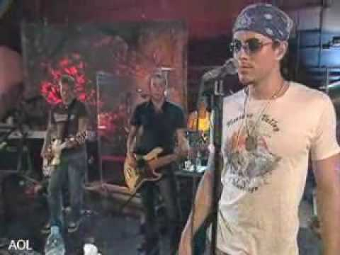 Enrique Iglesias - Addicted Live