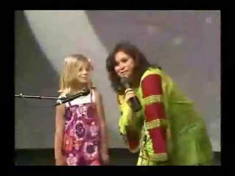 Jackie Evancho - TalentQuest June 2009  9 yrs old (full version)