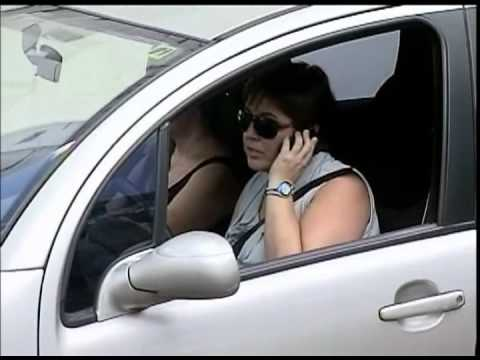 25% dos acidentes são provocados por fala no celular ao volante