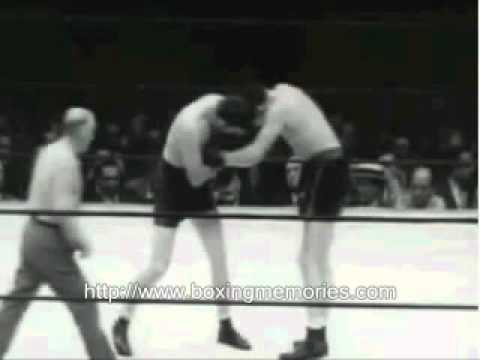 the life and struggles of boxing champion james braddock in the film cinderella man The great depression and the cinderella man in a great upset he defeats the defending heavyweight champion james braddock's essay about cinderella man - cinderella man is a flim based on the rise of world championship boxer james braddock braddock's life was.