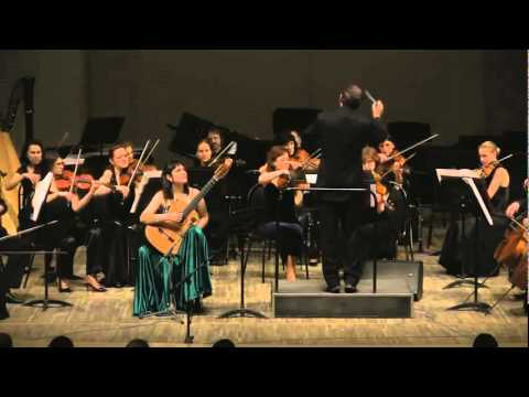 Irina Kulikova plays Sonatina for Guitar and Orchestra by Moreno Torroba