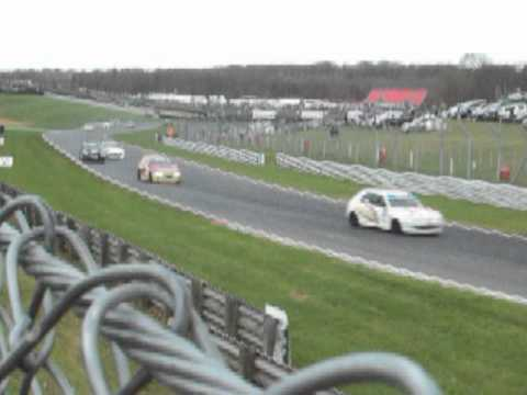 Mk 2 Fiesta racing at Brands Hatch in the QMN
