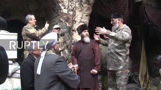 SURIAH: Delegasi Muslim Rusia Chechnya Mengunjungi Masjid Bersejarah Umayyah Aleppo
