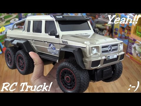 RC Cars and Dinosaurs: Jurassic World RC Mercedes-Benz G 63 AMG 6x6 Unboxing & Playtime