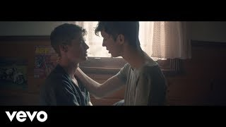 Download Lagu Troye Sivan - WILD (Blue Neighbourhood Part 1/3) Gratis STAFABAND