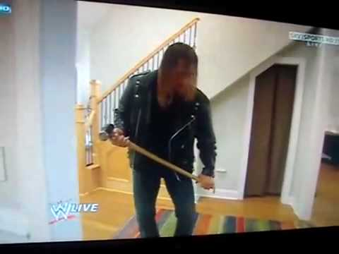 HHH vs Randy Orton (the viper) in Orton House !!!