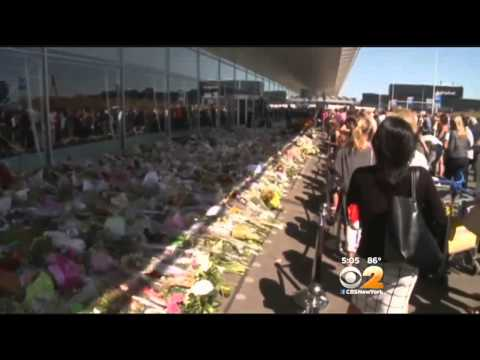 Hundreds Line The Streets As MH-17 Victims' Bodies Return Home