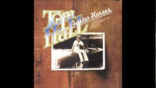 Watch Tom T Hall Its Got To Be Kentucky For Me video