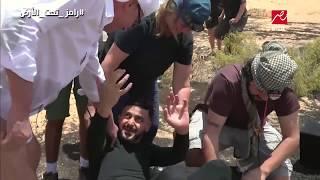 الحلقة 24: أقوي رد فعل من محمود حميدة بعد رؤية رامز جلال : يخلع بنطلونه ويتجول عارياً
