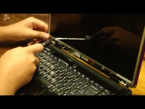 How to Replace a Dell Inspiron 1545 Laptop Screen HD