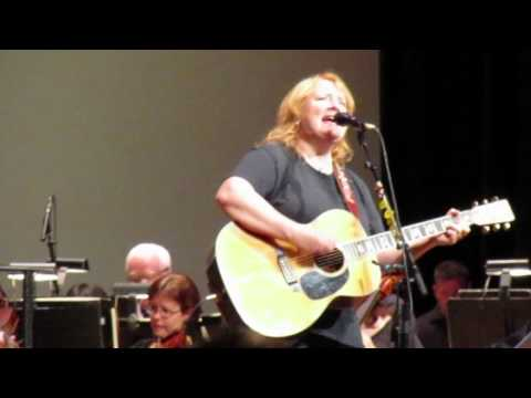 Indigo Girls perform Kid Fears with the CSO