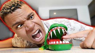 EXTREME CROCODILE DENTIST GAME!! *SHARP BLADES*