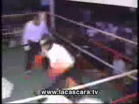 un boxeador muy tonto...
