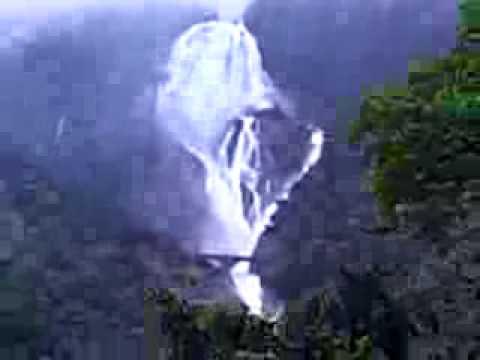 Goa Train Waterfall India-train Goa-hampi
