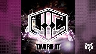 Watch Vic Twerk It video