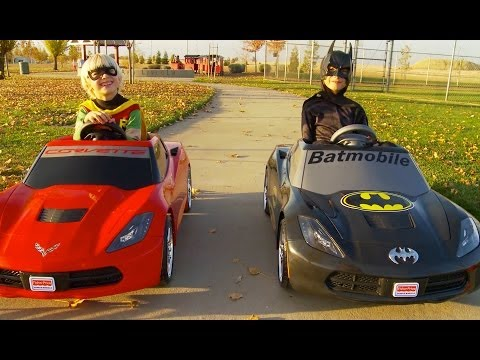 Batman vs Robin Power Wheels Race