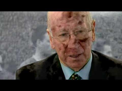 Sir Bobby Charlton Munich Tribute