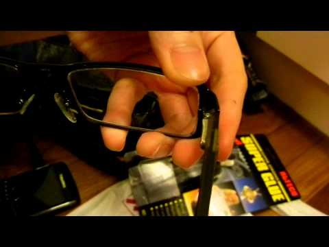 How to fix your broken eyeglasses using a Super Glue