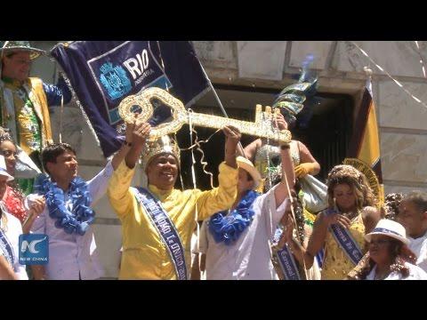 RAW: Carnival weekend gets rolling in Brazil's Rio de Janeiro