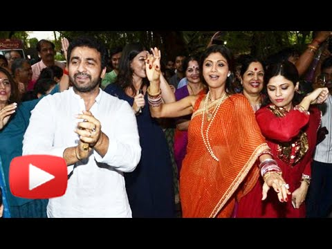 (VIDEO) Shilpa Shetty DANCE At Ganpati Visarjan 2014 - Shilpa Shetty Ganesh Chaturthi 2014