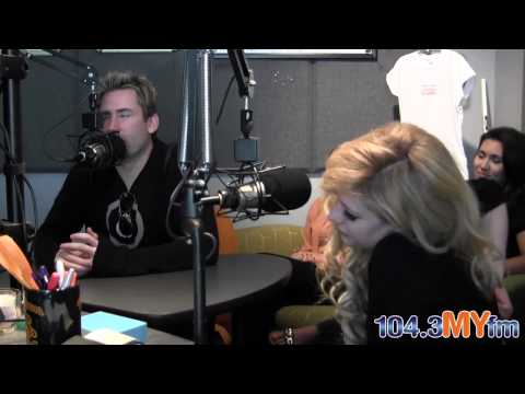 Avril Lavigne and Chad Kroeger Interview at 104.3FM [LET ME GO Premiere]