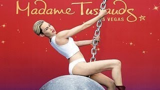 Celebrities Wax Statues At Madame Tussauds - Miley Cyrus, Selena Gomez, Justn Bieber & More