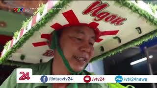 Chiếc xe trái cây màu xanh: bán trái cây cũng phải phong cách | VTV24
