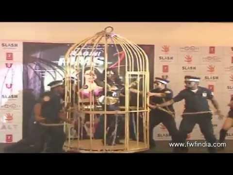 Sexy Cage Dance - Ragini MMS 2 - Sunny Leone
