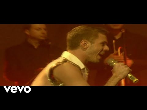 Scissor Sisters &#8211; She&#8217;s My Man (Live from the O2)