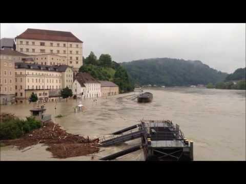 Linz, Donau-Hochwasser 4 Juni 2013 (920 cm)