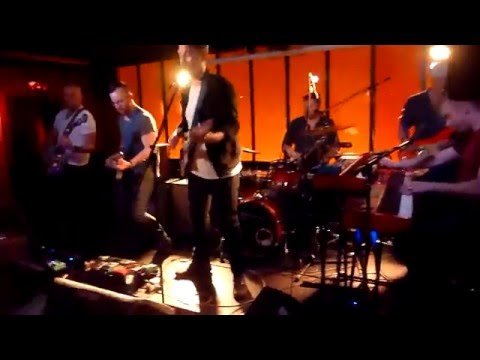 Bronze Radio Return - Shake, Shake, Shake (Molotow, Hamburg)