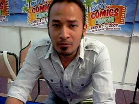 El actor venezolano Kaihiamal Martinez que dobla la voz de Bob Esponja fue muy amable al cantar una cancion para mi en la convencion de comics en cancun,mexico.