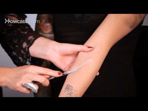 How to Apply & Mold Wax for a Fake Cut   Special FX Makeup