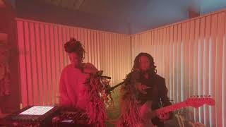 Chloe X Halle Galaxy Live In Vr180