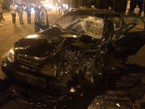 Страшная авария в начале Героев Сталинграда на Оболони (21.08.2015)