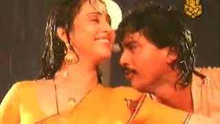 Download Fun In The Rain - Madhuri Hot Scenes 3Gp Mp4
