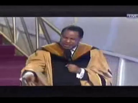 Pastor Chris Oyakhilome declares 2014: The Year of Greatness