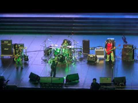 Dari Kaca Mata (HD) - MAY Live In Singapore, Kallang Theatre 2012