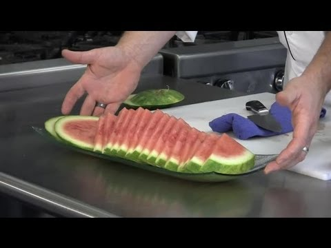 how to slice watermelon with a knife cooking tips youtube. Black Bedroom Furniture Sets. Home Design Ideas