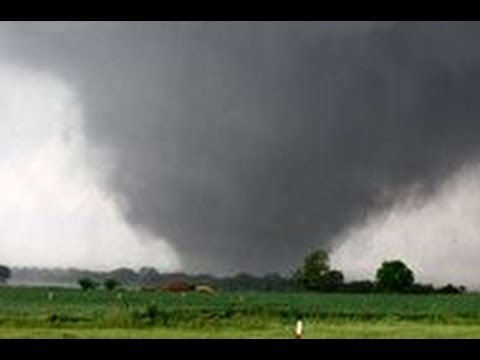 Video FOOTAGE:Two-mile-wide TORNADO SLAMS  Oklahoma city