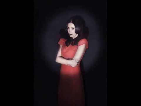 Chelsea Wolfe - The Warden
