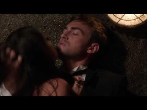 Jasper and Eleanor kiss scene - The Royals s01e05