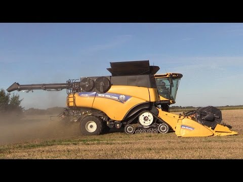 New Holland CR10. 90 The Worlds Strongest Combine Harvester