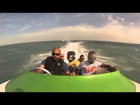 trick 21 power boat kuwait.2