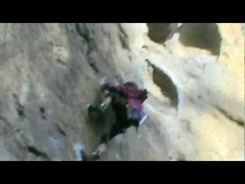 Angie 7 year old climber , sent 22(5.11c) on lead, 'Murdoch the Horse' Nowra,Australia.wmv