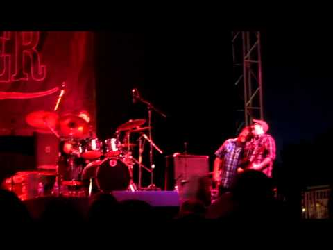 Uncle Kracker - You Got That Thang & Bad, Bad Leroy Brown (Jim Croce cover) - Stanislaus County Fair