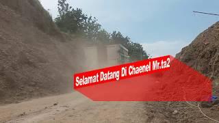Dump Truck Dan Truck Back Muat Di Galian Pasir Ciputat