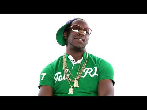 """Young Dro Explains """"The New Dro"""""""